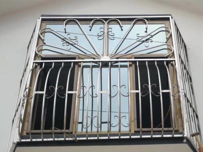 不锈钢门窗生产商